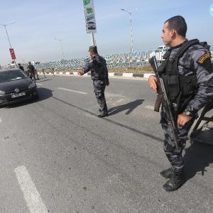 استنفار بغزة بحثًا عن المتهم الرئيس بتفجير موكب الحمدالله