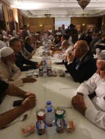 هنية يجتمع بالفصائل والوجهاء بغزة