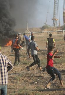 مواجهات مع قوات الاحتلال بجمعة كسر الحصار شرقي غزة