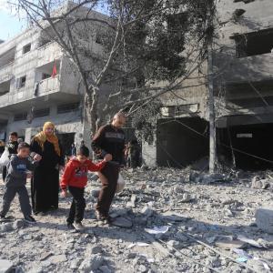 آثار القصف الاسرائيلي على قطاع غزة