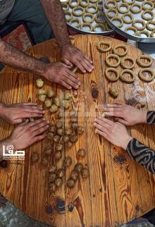 إعداد كعك العيد في رفح