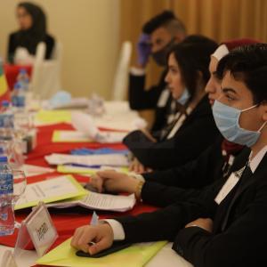 طلبة بغزة يحاكون جلسة للأمم المتحدة تناقش الوضع البيئي