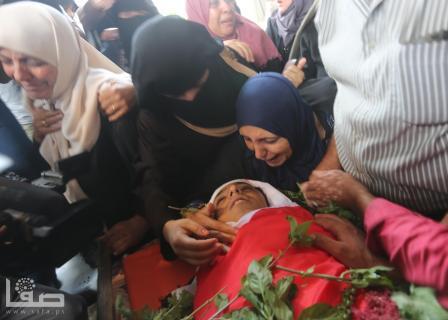 تشييع حاشد للشهيد الطفل أبو حبل شمال القطاع
