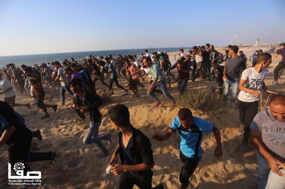 الاحتلال يقمع المساندين للمسير البحري التاسع بغزة