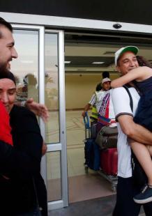 عودة حجاج مكرمة أهالي الشهداء إلى غزة