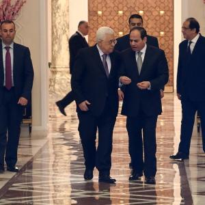 لقاء الرئيس عباس بالرئيس السيسي بالقاهرة