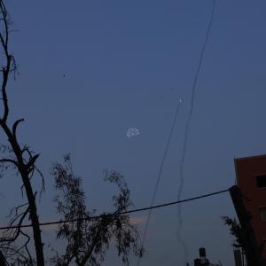 صواريخ المقاومة تنطلق من غزة