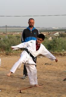أنشطة رياضية بمخيمات العودة بقطاع غزة