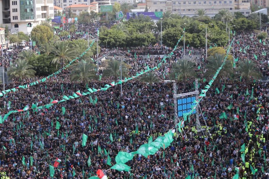 حماس تُحيي انطلاقتها الـ 30