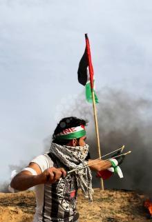 مواجهات بالضفة وغزة بـجمعة الشهيد أحمد جرار