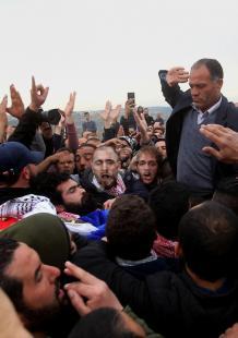 تشييع حاشد للشهيد باسل الأعرج بقرية الولجة