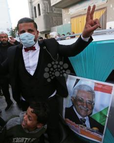 كمامات الوقاية لم تغِب عن حفل زفاف بغزة