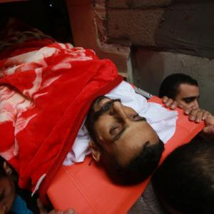 شهيدان بقصف نفق تجاري بين غزة ومصر