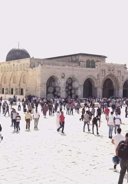 40 ألف مصل أدوا صلاة الجمعة بالمسجد  الأقصى المبارك