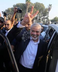 وفد قيادة حماس يعود لغزة من مصر