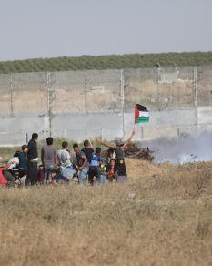 إصابات بقمع الاحتلال فعاليات الجمعة الـ65 لمسيرات العودة