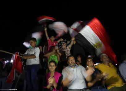 غزيون يشجعون مصر في مباراتها مع الكونغو
