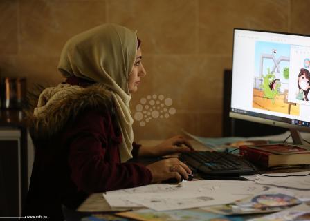 فنانة من غزة ترسم رسومات توعوية حول كورونا