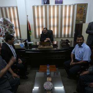 الحكومة تتسلم وزاراتها في غزة