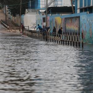 أمطار خريفية غزيرة بغزة