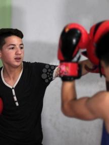 درس رياضي بغزة حول فن الملاكمة