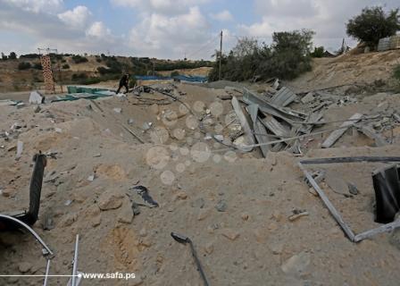 آثار القصف الإسرائيلي على مواقع بغزة