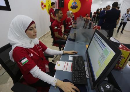 الوطنية موبايل تطلق أعمالها بغزة