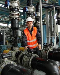 افتتاح أكبر محطة تحلية لمياه البحر بدير البلح
