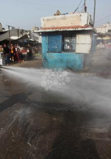 حملة لتعقيم الأسواق الشعبية بغزة