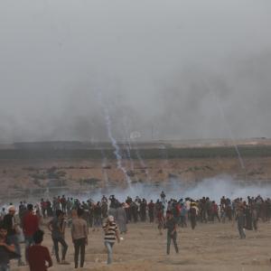 الآلاف يشاركون بجمعة الوفاء لدماء الشهداء بغزة
