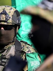 عرض عسكري لمقاومة غزة دعمًا للأقصى