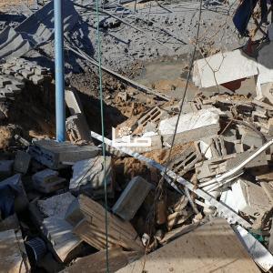 أضرار جراء القصف الإسرائيلي على خان يونس