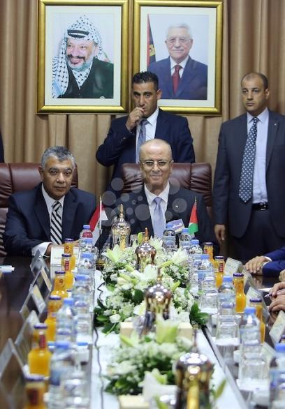 مجلس الوزراء يلتئم في قطاع غزة