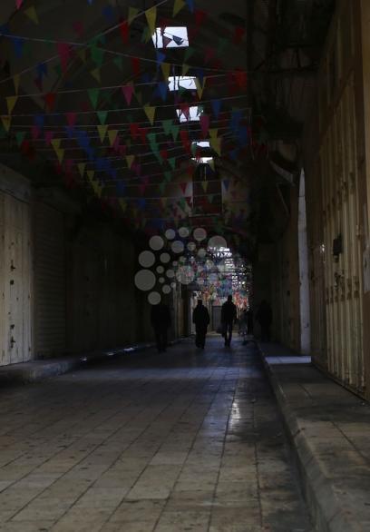 اضراب شامل في نابلس وغزة