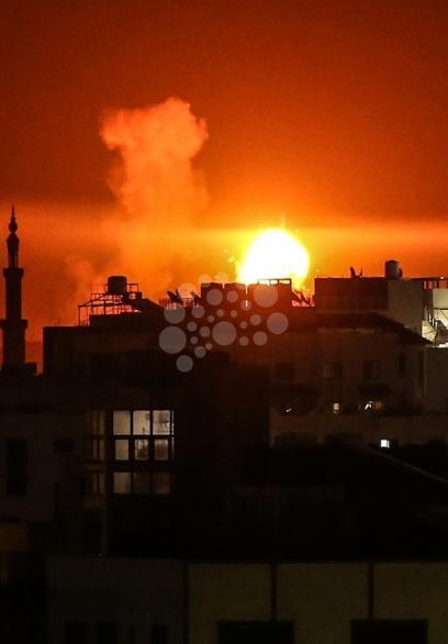 قصف استهدف عدة مواقع بغزة