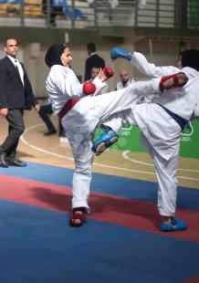 لاعبون ولاعبات يشاركون في بطولة فلسطين للكاراتيه