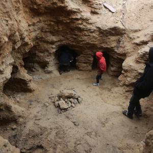 اكتشاف مجموعة من المقابر الأثرية شمال قطاع غزة