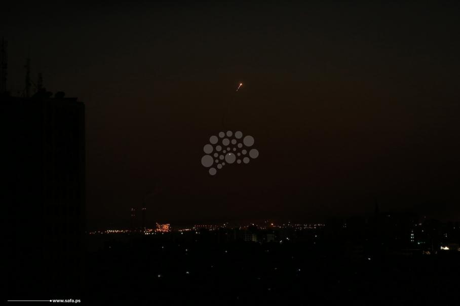 ليلة من القصف المتبادل بين المقاومة والاحتلال بغزة