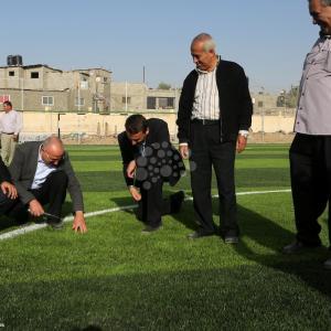 وفد من فيفا يفتتح ملاعبًا بغزة