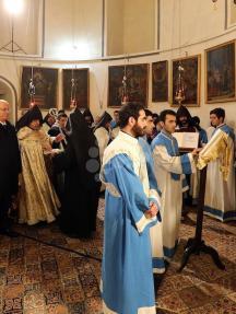 رئيس الوزراء خلال مشاركته بقداس منتصف الليل بكنيسة المهد