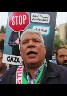مسيرة شاحنات في غزة احتجاجًا على الوضع الاقتصادي