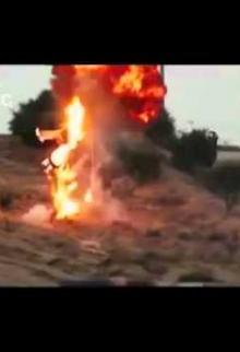 مناورة عسكرية تعرض لأول مرة لوحدة التخبة التابعة لكتائب القسام ويظهر فيا الشهيد يحيى فرحات