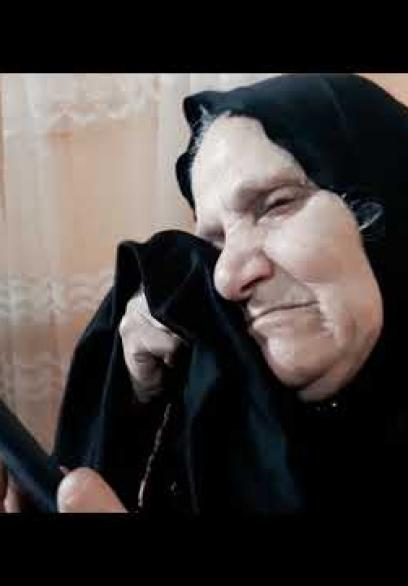 أسرة الطبيب مروان الهمص المشرف على الحجر الصحي لمصابي كورونا في غزة