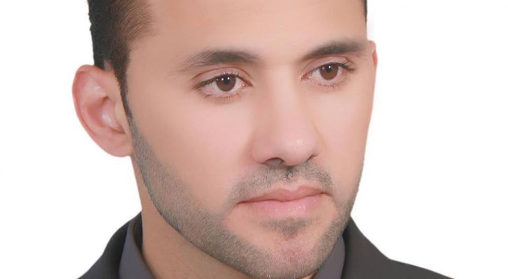 الصحفي طارق أبو زيد