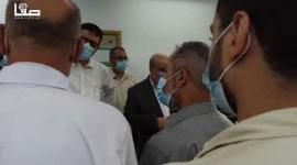 """رئيس لجنة متابعة العمل الحكومي في غزة عصام الدعليس يتفقد المستشفى """"الأوروبي"""" بخان يونس"""