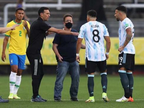 السلطات الصحية البرازيلية أوقفت المباراة بسبب مشاركة لاعبي الأرجنتين المخالفين لقواعد الحجر الصحي