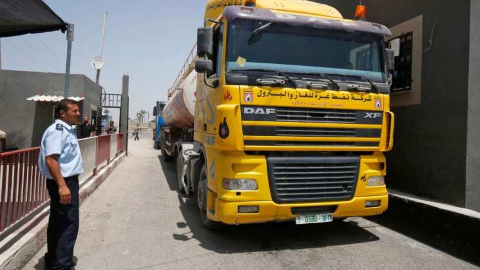 وكالة الصحافة الفلسطينية - كميات من غاز الطهي المصري تصل غزة اليوم